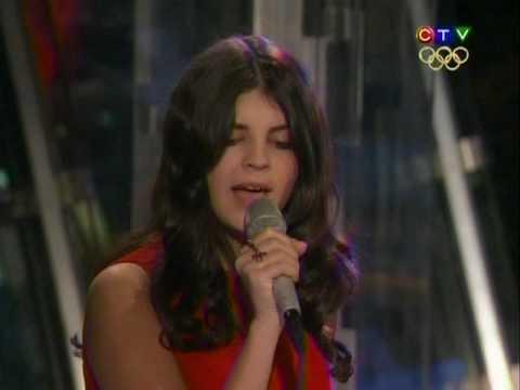 Nikki Yanofsky - O Canada Lyrics | MetroLyrics