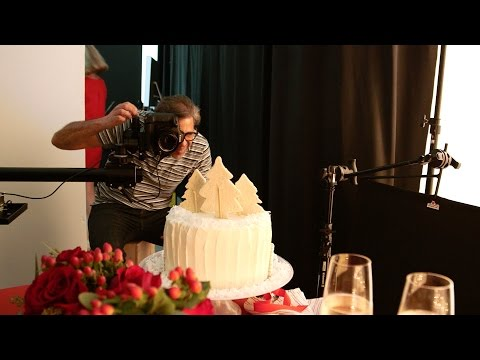 Behind The Scenes With Our December Cover Cake | Southern Living