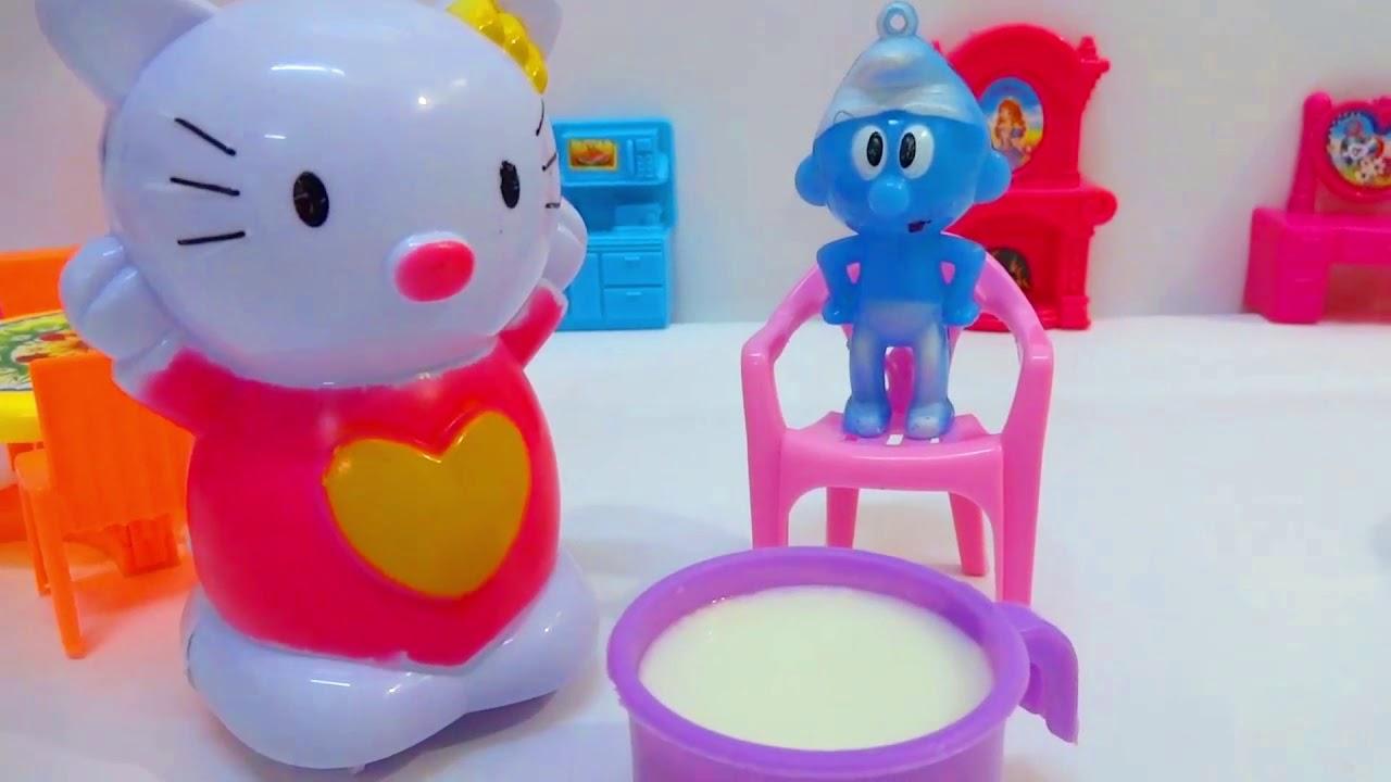 لعبة سنفور يشرب اللبن للقطة كيتي ويكذب على ماما قصص أطفال للبنات والأولاد