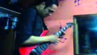 Alexandre Hardbeast gravando com Em Ruínas (Onslaught - Let there be Death) - 2013