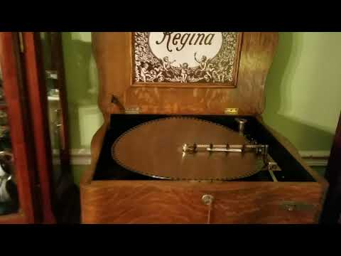 """Regina 15.5"""" Music Box Plays """"Under The Double Eagle."""""""