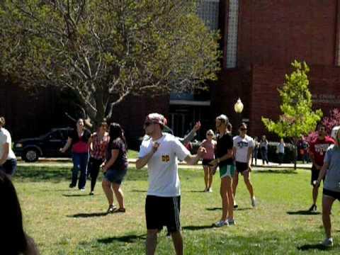 OU Flash Mob Dance- Healthy Sooners