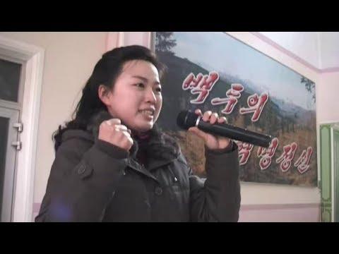 Devotion Shown at the Pyongyang Kim Jong Suk Silk Mill
