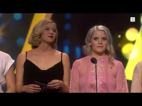 Gullruten 2016: Jentene fra Skam deler ut pris