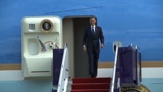 Obama lands in Thailand to kick off Asian tour