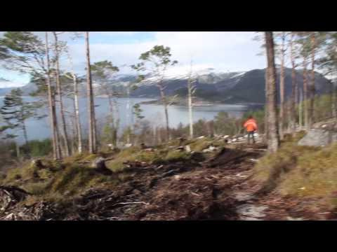 The beauty of Norway - Trip to Aenes - Hardanger Fjoerd