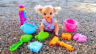Куклы Пупсики На Море Играем В Песочек Игры для Самых Маленьких в Песочнице Игрушки Для детей