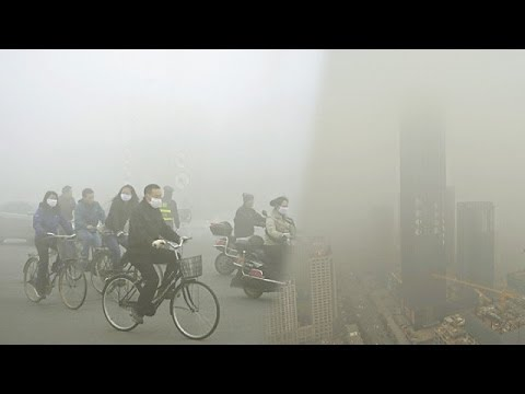 'Airpocalypse' hits Harbin! Chinese city blanketed by heavy smog, shuts down schools and airport