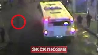 15-летнего школьника убили на глазах у охранников(http://vnssr.my1.ru/news/15_letnego_shkolnika_ubili_na_glazakh_u_okhrannikov/2013-02-28-12396 Вечером в среду российские СМИ опубликовали ..., 2013-02-27T19:17:10.000Z)