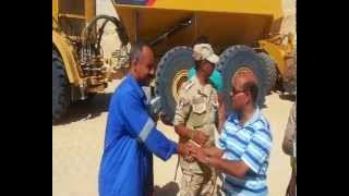 Suez Canal new: the great Egyptian army distributes meals to workers canal