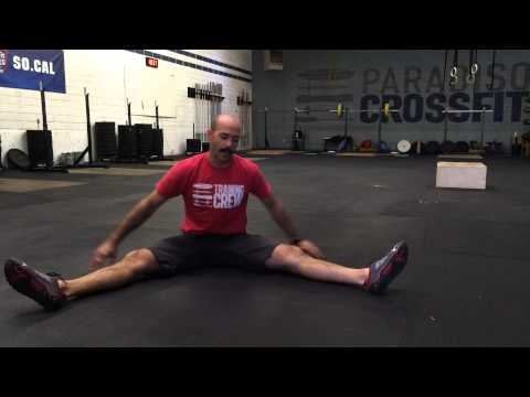 Paradiso CrossFit - Seated Leg Lift In Straddle