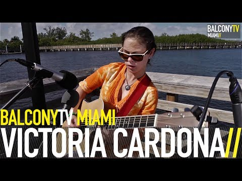 VICTORIA CARDONA - THE HOT MESS EXPRESS (BalconyTV)