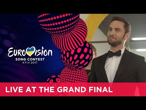Learning how to be the perfect Eurovision host with Måns Zelmerlöw