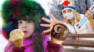 Играем в ДОКТОРА! Дарина ЗАБОЛЕЛА, съела МНОГО МОРОЖЕНОГО – ВЫЗВАЛА ВРАЧА! Видео для детей