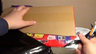 Розпакування іграшки з Китаю - Літаюча фея та Трансформер на управлінні
