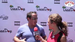 Funny guy Adam Richmond cracks some jokes with BeautyNCarpet