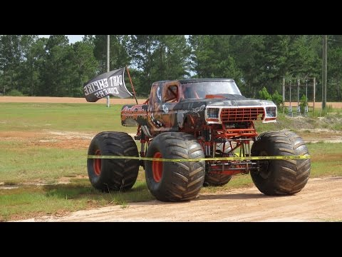 1st Annual Monster Truck Showdown 2015 | Monster Truck Life