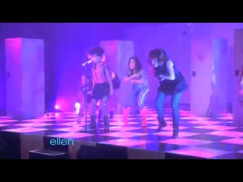 Willow Smith - Whip My Hair (Live Ellen Show HQ)