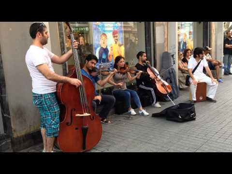 Ederlezi (Goran Bregovich) String Quintet Street Performance mp3
