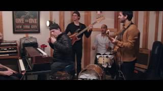 Baixar Larry Pockets - Scary Pockets ORIGINAL (feat. Larry Goldings)