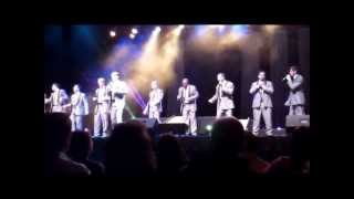 """The Lion Sleeps Tonight"" (The Tokens) / ""Brown Eyed Girl"" (Van Morrison) - Straight No Chaser"