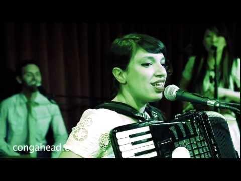 Banda Magda performs Sabia