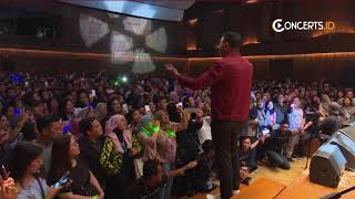 Video TULUS!! Sepatu - Intimate Night With TULUS #concerts download MP3, 3GP, MP4, WEBM, AVI, FLV November 2018