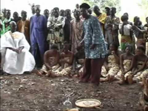 BENIN - SEMAKO & Pipi - Les obseques et la Beninoiserie (1) thumbnail