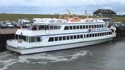 Fähre Adler Express legt in Nordstrand an (23.06.2011)