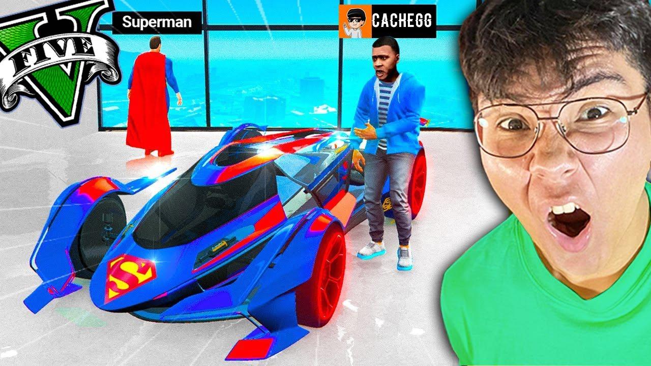 ROBANDO el COCHE de SUPERMAN en GTA 5! (Mods)