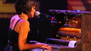 Gambar cover Norah Jones - Come Away With Me (Live at Farm Aid 25)