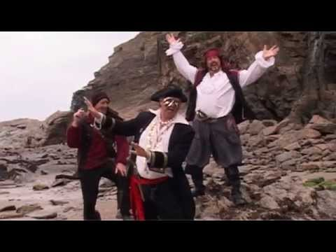 Ian McNeice is Doc Martins Bert Large & the Ab Fabs in RIO, party on the beach