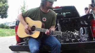 "Eric Church ""Guys Like Me"" On his Tailgate!"