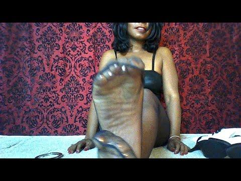 Ebony nylon toes