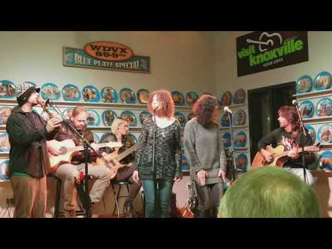 Jolene - Tuatha Dea at WDVX Blue Plate Special 12/15/17