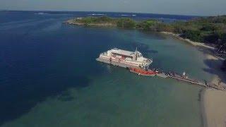 Martinique vue du ciel - Anse d'Arlet / Îlet Chevalier [By Radix Corporation]