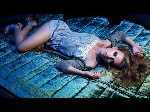 Scarlett Johansson - Sexy Feet and Legs Tribute!