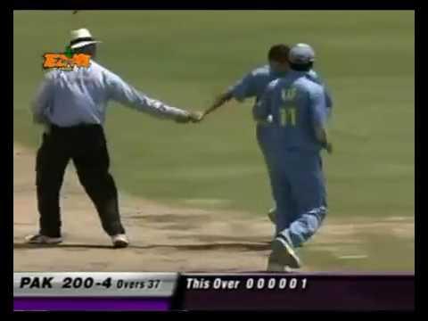 Nehra vs Afridi Funny Tezabi Totay thumbnail