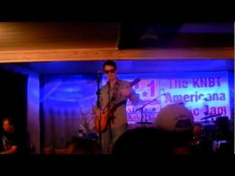 Zen Road Pilots - I Don't Need Nobody - @ the KNBT Americana Music Jam - Gruene Hall