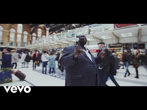 Youngr - Ooh Lordy (Official Video)