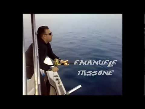 pesca dentici con calamaro morto tassone sport fishing cirò marina.wmv