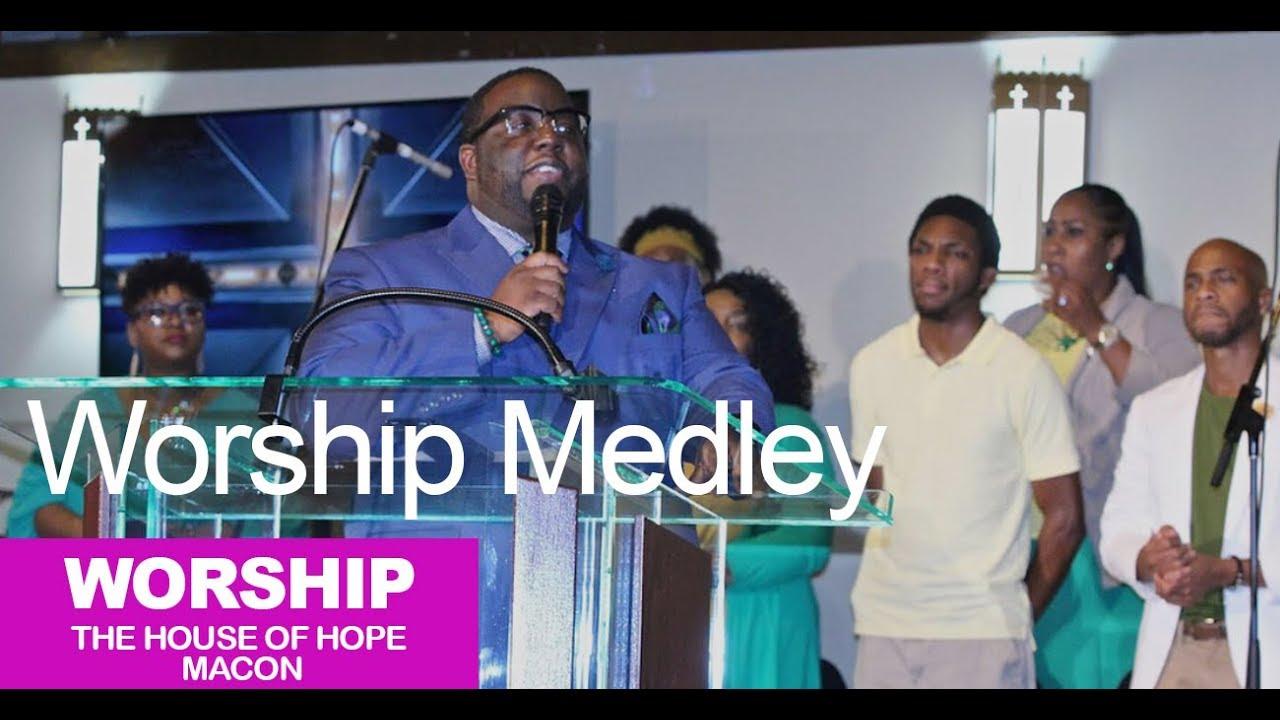 Worship Medley by Pastor Michael Lampkin