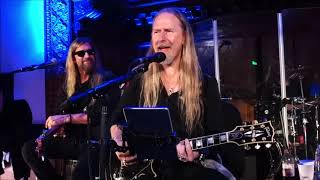 Jerry Cantrell - Band Intro w/ My Sharona (Snippet) & Gone - Live Pico Union Project Night 1 12/6/19
