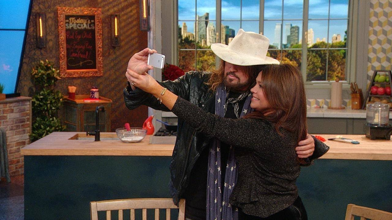 selfie billy ray cyrus and pew Billy ray cyrus music miley cyrus hits the studio with dad billy ray -- see the  pic  miley cyrus, noah cyrus, and billy ray cyrus perform together news.