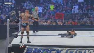 WWE Smackdown - Rey Mysterio vs Batista (#1