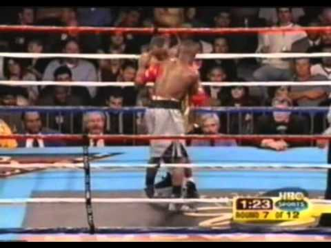 (Fight 30) Floyd Mayweather vs. Victoriano Sosa [2003-04-19]