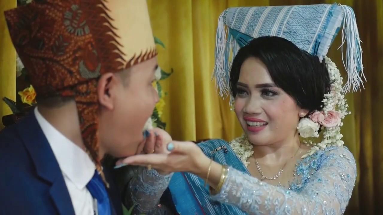 Jhon Lastiar Pernikahan Adat Batak Toba