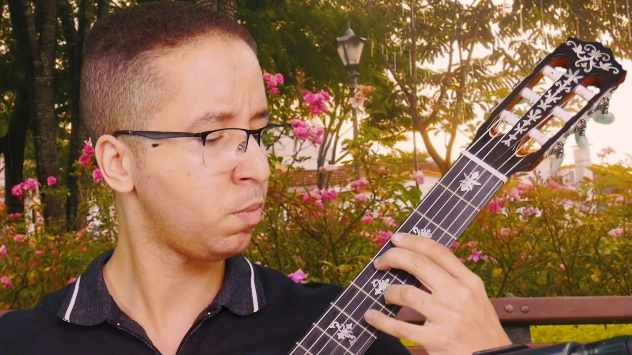 Mais uma participação do violonista Peterson Reinan tocando em um violão Rifosi
