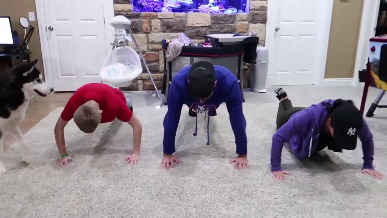 Download Roman Atwood push up challenge with his family! (Must watch)