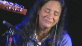 Pura Fe' - Great Grandpa's Banjo - Live Native American Music
